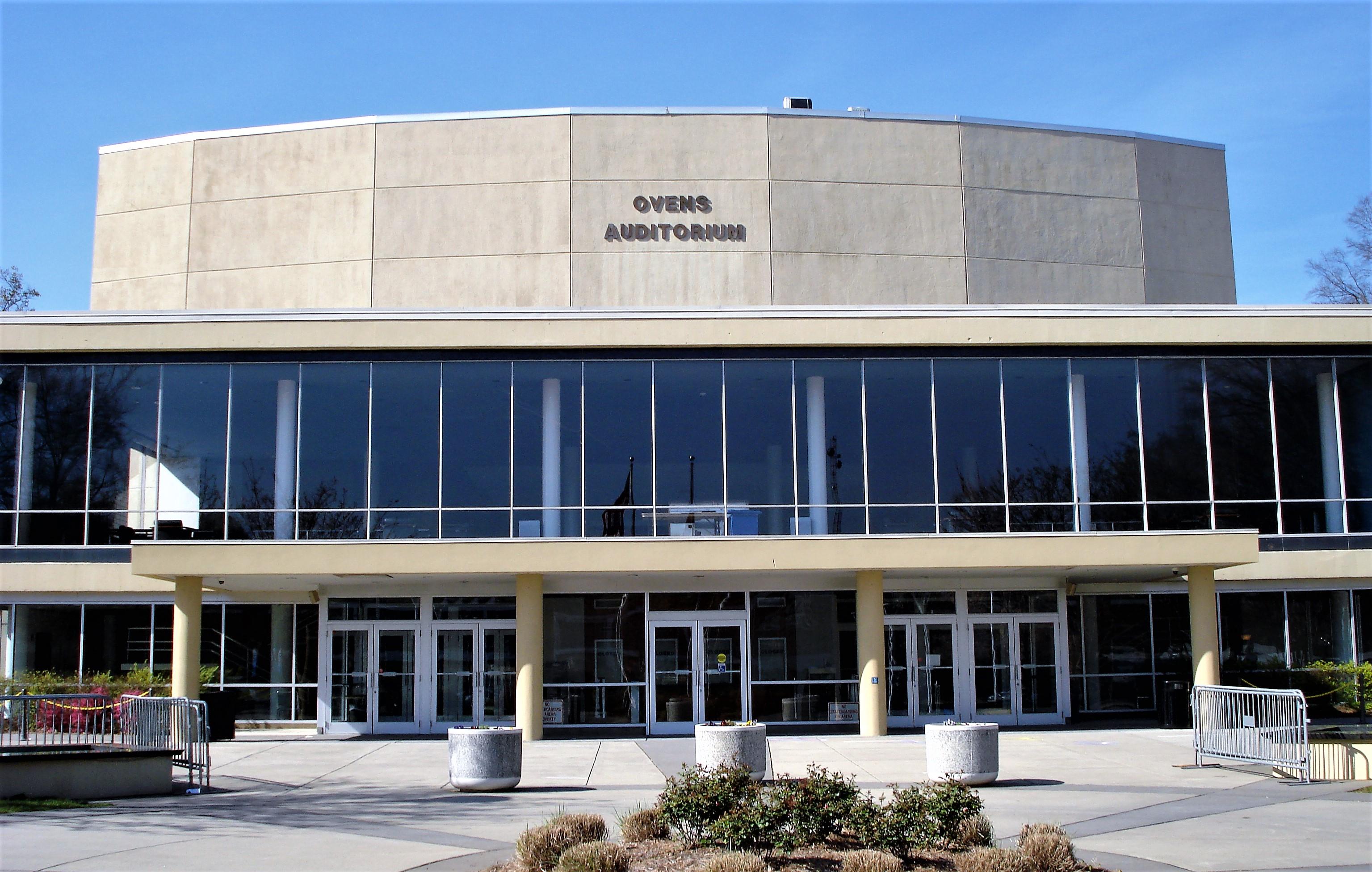 Ovens-Auditorium 2